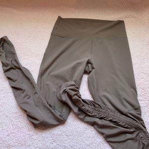 Fabletics workout leggings